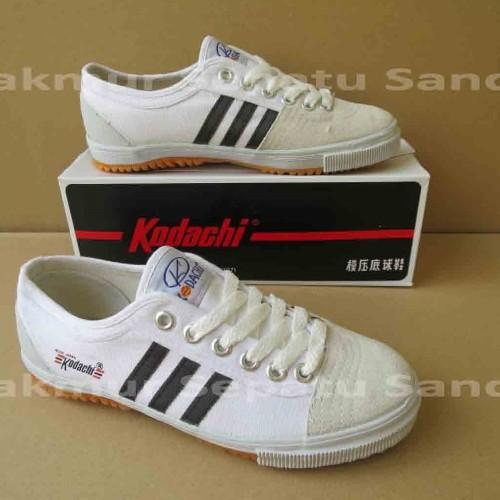 Foto Produk Sepatu Capung - Kodachi 8111 - Dark Grey - 34 dari Makmur Sepatu Sandal
