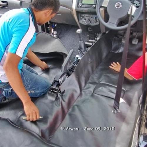 Foto Produk KARPET DASAR GRAND LIVINA  dari KRESNA CAR ACCESORIES