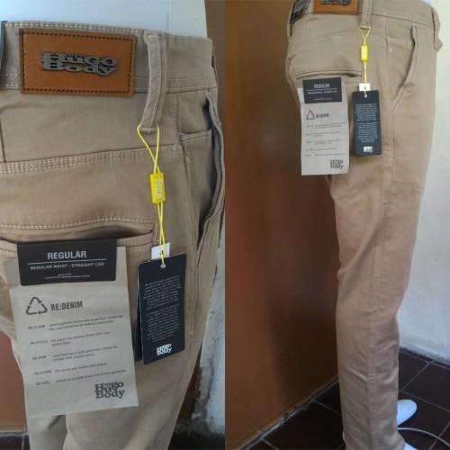 Foto Produk Celana Panjang Chino Jeans Pria Hugo Body Reguler Fit-Standar dari Master-Cendol Store