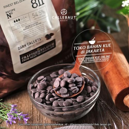 Foto Produk Barry Callebaut Finest Belgian Chocolate Dark Callets 54,5% 100gr dari Toko Bahan Kue Jakarta