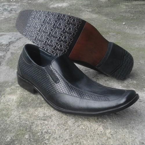 Foto Produk sepatu pantofel BALLY kulit dari SILITONGA SPORT