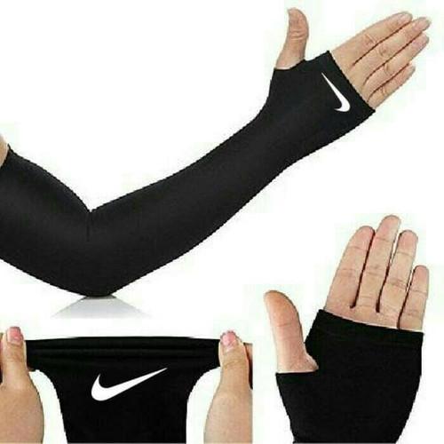 Foto Produk ARM SLEEVE NIKE armsleeve manset tangan sepeda sarung lengan motor dari Bolapedia