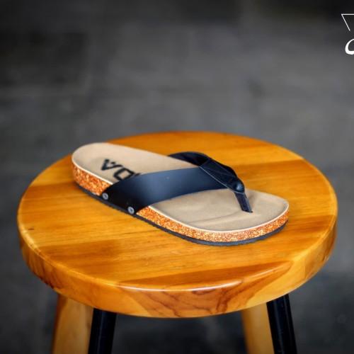 Foto Produk SANDAL SENDAL JEPIT PRIA ORIGINAL VOLAR ACARA KONDANGAN [HITAM] dari House Shoes