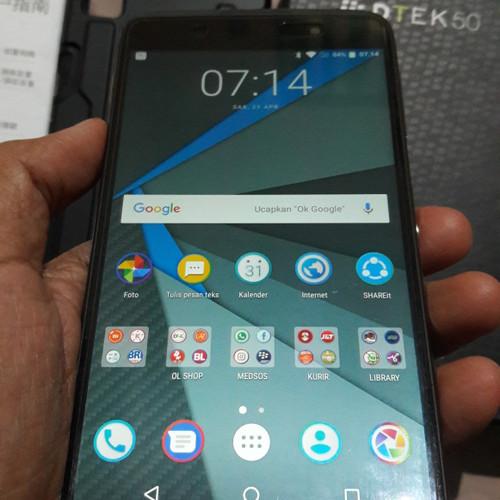 Foto Produk blackberry dtek50 sth100-2 dari TIJARUNA