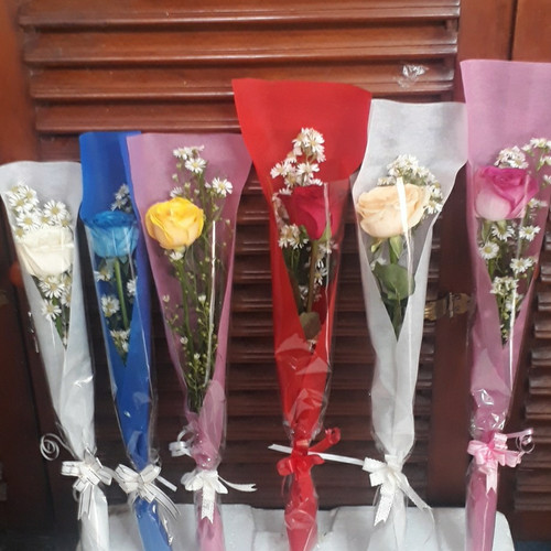 Foto Produk bunga mawar satu tangkai dari anjani anisa florist