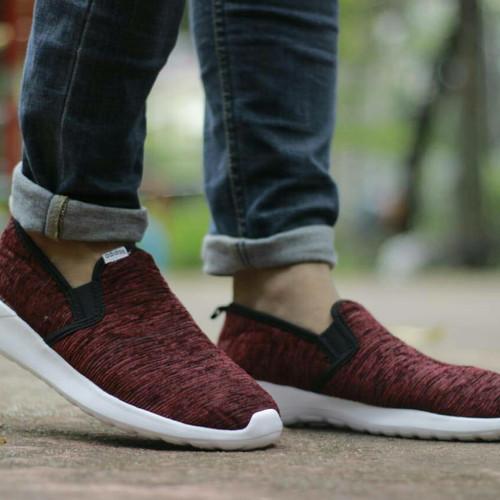 Foto Produk Sepatu Adidas Cloud Foam Slip On Size 39-44 Sepatu pria terbaru sports dari Side Sport