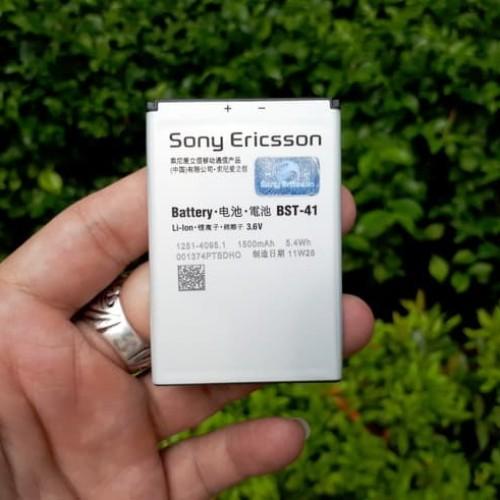 Foto Produk Baterai Sony Ericsson BST-41 BST41 Original 100% 1500mAh Xperia Play dari CNC phoneshop