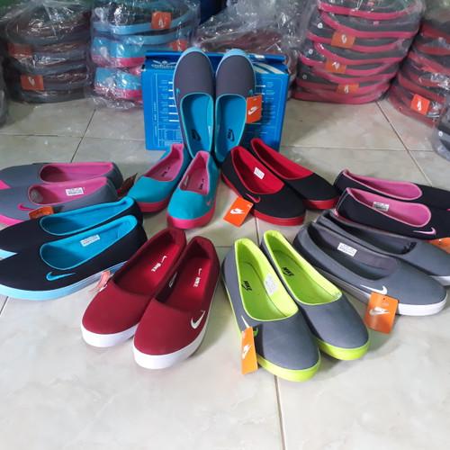 Foto Produk Sepatu wanita slip on nike balet Grade ori import size 36-40 dari f1.ollshop