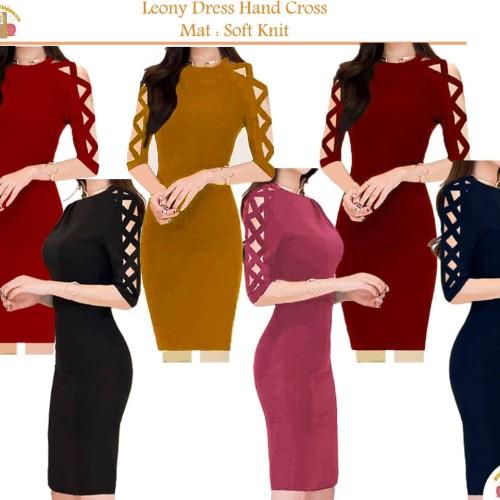 Foto Produk Dress Leony Cross Knit BodyCon Dress Rajut Baju Dres Wanita - Merah dari Aniera Collection