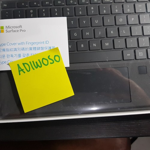 Foto Produk Microsoft Surface Pro 6 Type Cover BLACK FINGERPRINT dari Adiwoso