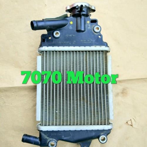Foto Produk radiator assy Vario 125 Fi old . pnp Vario 125 LED dan Vario 150 dari 7070motor