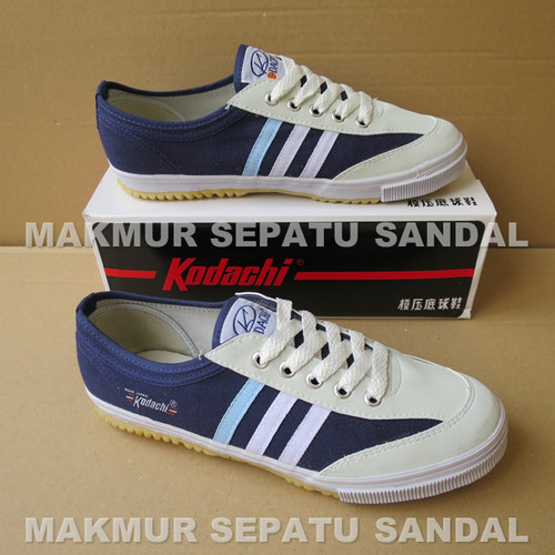 Foto Produk Sepatu Capung - Kodachi 8112 - Navy / Biru - 39 dari Makmur Sepatu Sandal