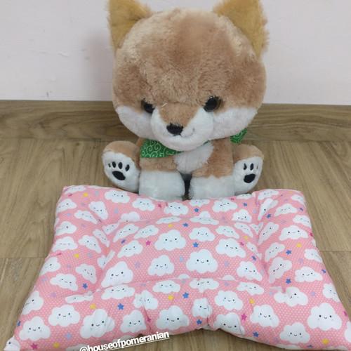 Foto Produk Alas tidur anjing size S. Tempat tidur / kasur / bantal hewan. Pet bed dari House Of Pomeranian