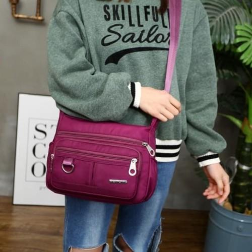 Foto Produk S06 Multipurpose Nylon Women Sling bag / Tas Selempang - hitam dari Dneo Store