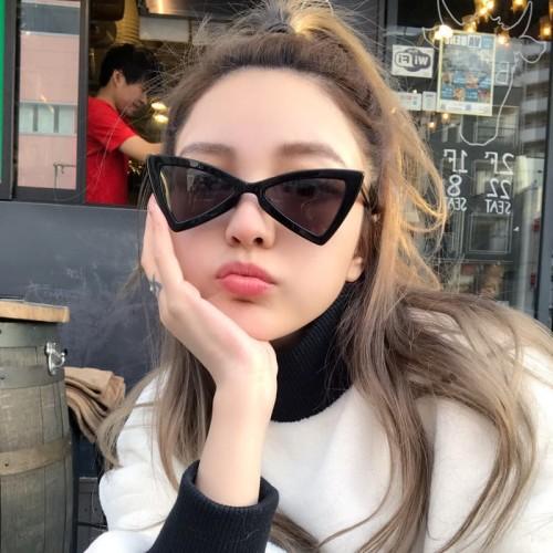 Foto Produk kacamata hitam unik sunnies fashion korea triangle sunglasses jgl042 dari Oila