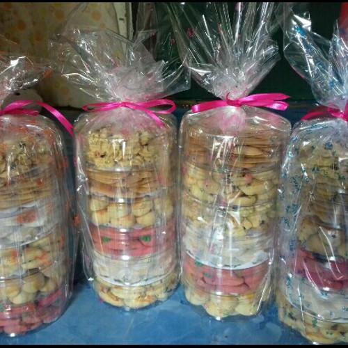 Jual Parcel Kue Kering Lebaran Murah Meriah Hemat Enak Halal Home Made Kab Bantul Nadia Cake And Cookies Tokopedia