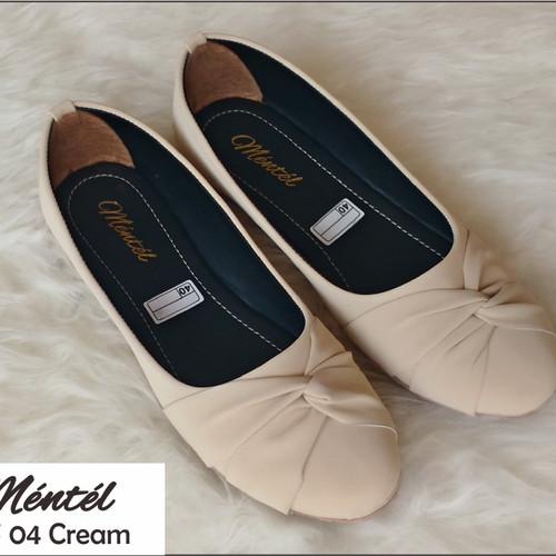 Foto Produk Sepatu wanita flat shoes MFS 04 - Cream, 37 dari Saung Alaska