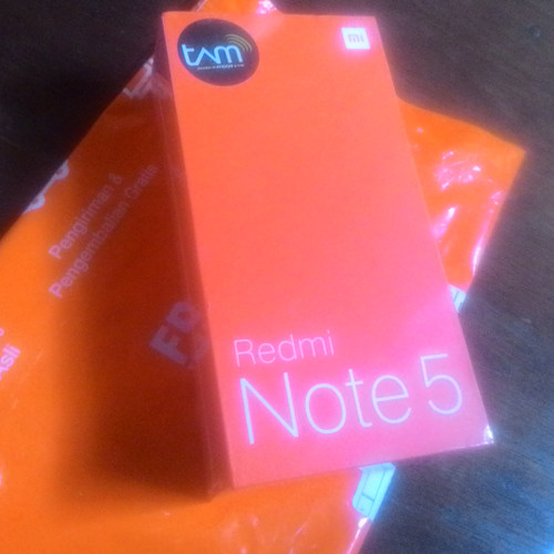 Foto Produk Xiaomi Redmi Note 5 3Gb 32Gb Garansi Resmi TAM dari dwi storee