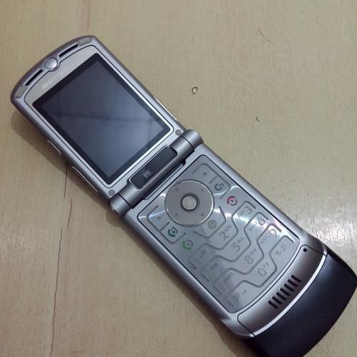 Foto Produk HP Motorola Razr V3xx Black Full Normal Mulus Batangan dari Awaluddin