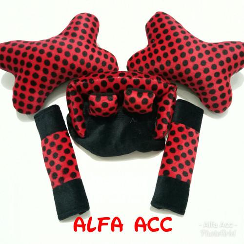 Foto Produk Bantal Mobil 3 in 1 car set lengkap motif Totol merah hitam dari AFAACCS