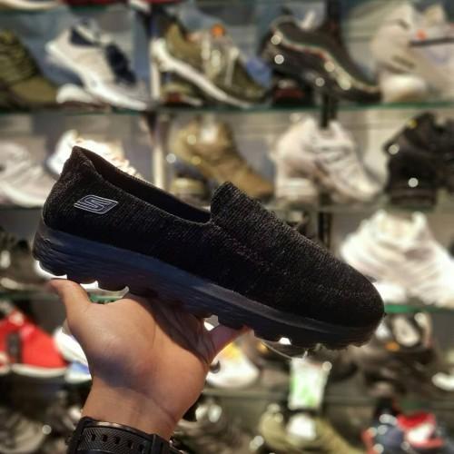 Foto Produk Sepatu Skechers Slip On For Man Sneakers pria terbaru Slip On dari Side Sport
