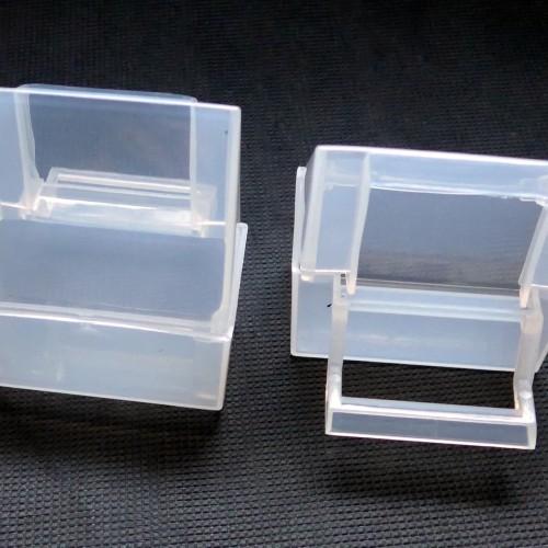 Foto Produk Tempat Makan Minum Burung Kotak PF113 dari Kapten Pet Shop