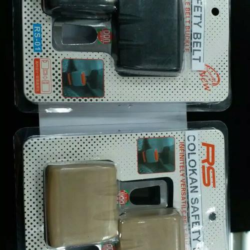Foto Produk Colokan safety belt safetybelt seat belt isi 2 pcs mobil al new avanza dari NEW EMPIRE 77