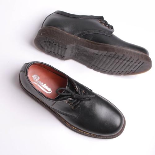 Foto Produk Pantofel model docmart , ( sol sudah dijahit ) bagus , rapih , kuat - Hitam, 39 dari BigBoss Sepatu Kulit