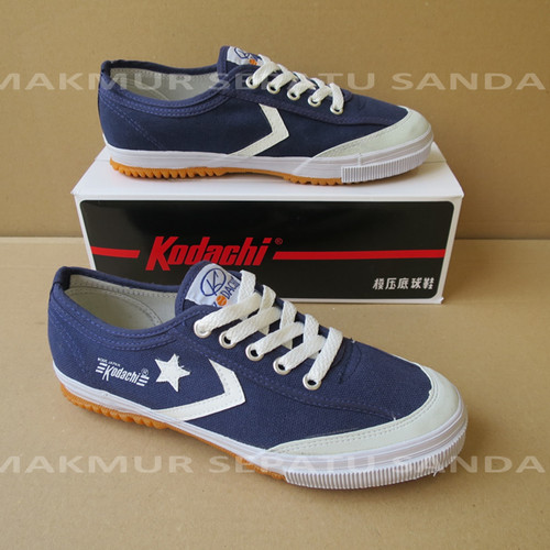 Foto Produk Sepatu Capung - Kodachi 8119 Star Cefron - Navy Biru dari Makmur Sepatu Sandal