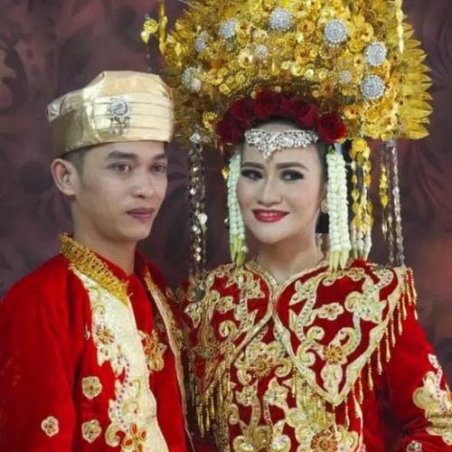 Foto Produk Baju adat padang // baju pengantin padang bahan bludr dari Mila's Store