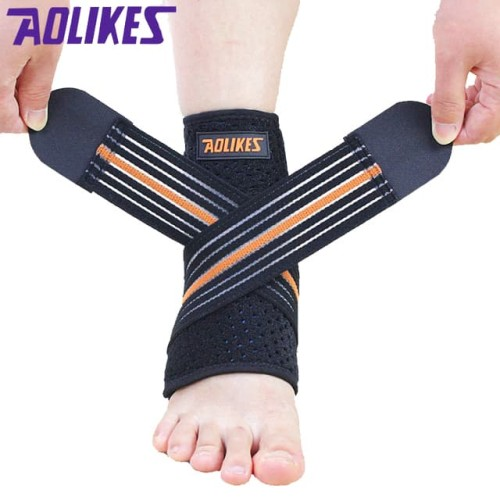 Foto Produk Aolikes 7126 Adjustable Ankle Support Protector Brace Guard Pad BLACK - KANAN dari Aolikes Indonesia