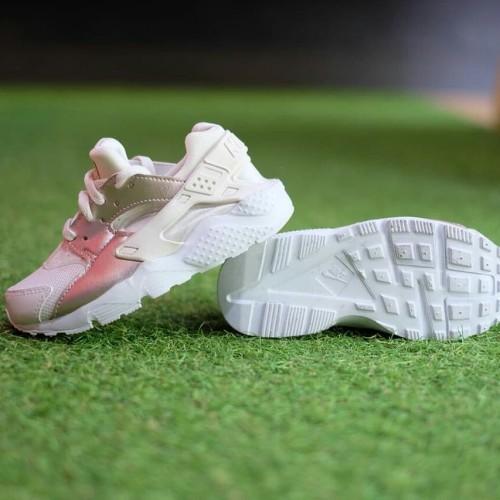 Nike Huarache White Bronze