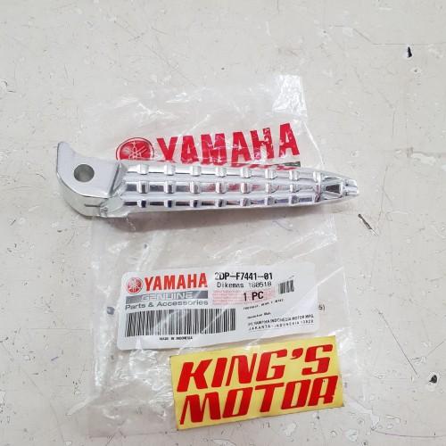 Foto Produk foot step belakang XMAX KANAN asli yamaha dari King'S Motor