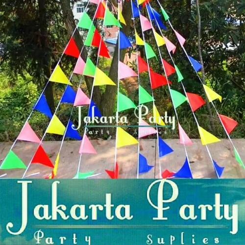 Foto Produk Bendera segitiga warna-warni / Bendera segitiga kain / Bunting flag dari Jakarta Party