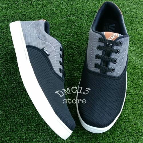 Foto Produk Sepatu sport Vans New hitam abu-abu - Abu-abu Muda, 40 dari DMC13 Store
