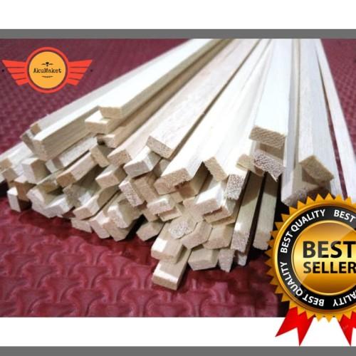 Foto Produk Kayu Balsa Stick 1000 x 5 x 5 mm (VIA GOJEK & GOSEND) dari AkuMaket