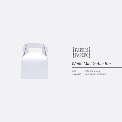 Foto Produk Mini White Gable Box - Boks Kotak Hampers Souvenir Putih Unik & Lucu dari {Paperi Papero}