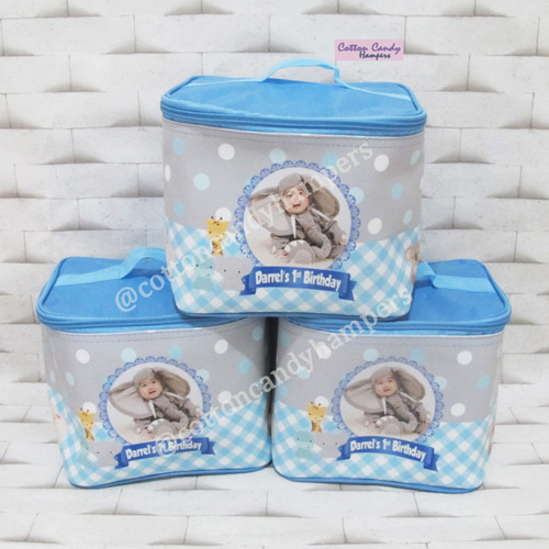 Foto Produk Souvenir tas kubus baby one month, souvenir satu bulan, manyek,aqiqah dari cotton candy hampers