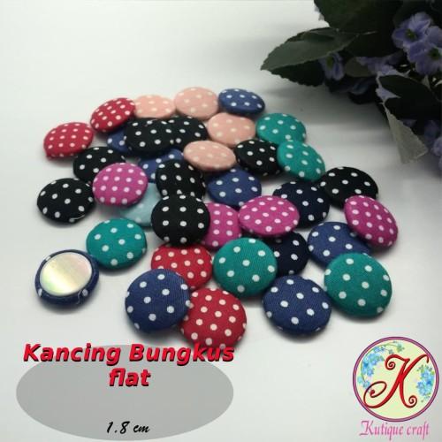 Foto Produk Kancing Bungkus Flat 1,8cm Polka per 50 pcs dari Kutique Craft