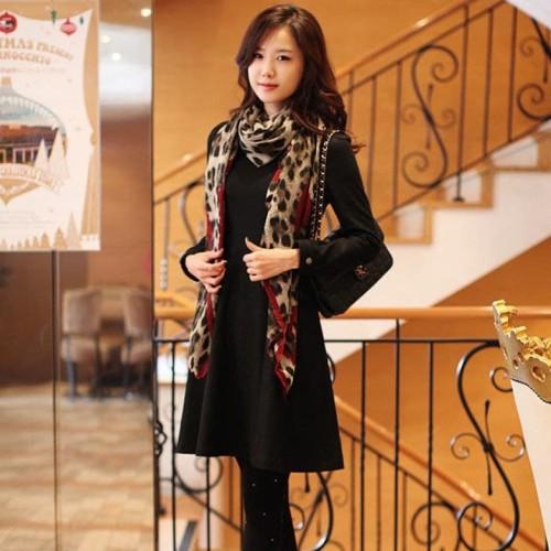 Foto Produk syal /scarf wanita long leopard style 170 x 80 silk chiffon dari Me & Mom - Jimbaran-Bali