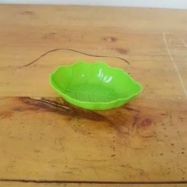 Foto Produk tempat sambal leaf - tempat sambal model daun 8cm dari AngelinaThren