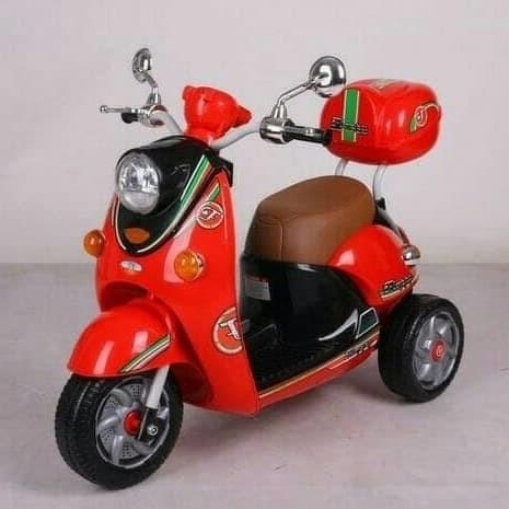 Foto Produk Mainan anak sepeda aki motor tipe scoopy PMB 338 dari sakrinatastore