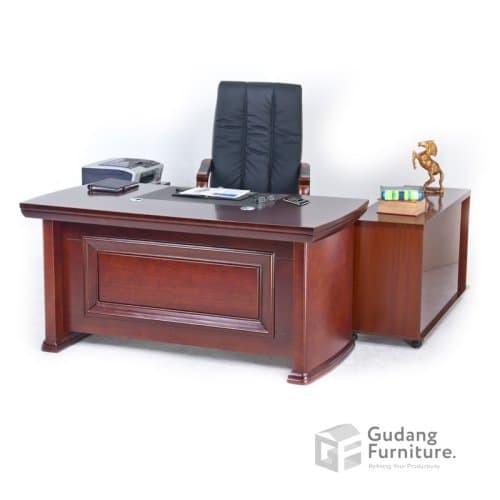 Foto Produk Meja Kerja Meja Kantor Meja Direktur Classic Murah Glory SM 1831 dari Gudang Furniture ID