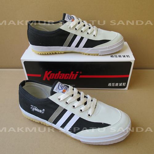 Foto Produk Sepatu Capung - Kodachi 8112 - Black / Hitam dari Makmur Sepatu Sandal