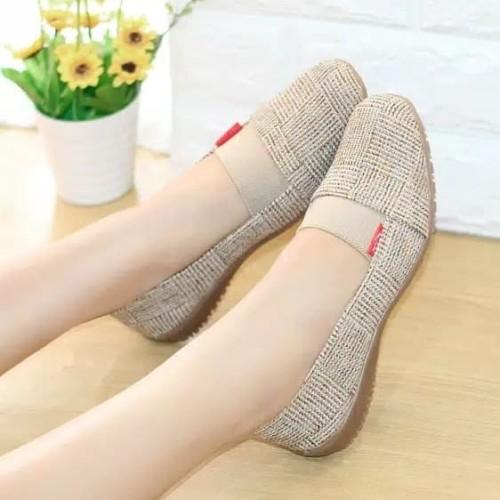 Foto Produk Sepatu Wanita Flat Shoes Aqila SDB106 - Hitam, 39 dari CAFANA STORE