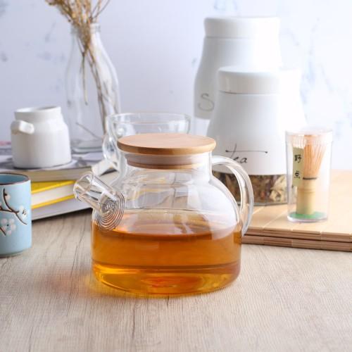 Foto Produk UCHII Exclusive Glass Tea Pot Pitcher w/ Bamboo Lid   Teko Teh Kaca dari uchii store