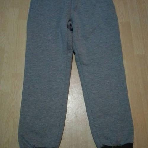 Foto Produk jogger uniqlo grey hitam dari FWS sale