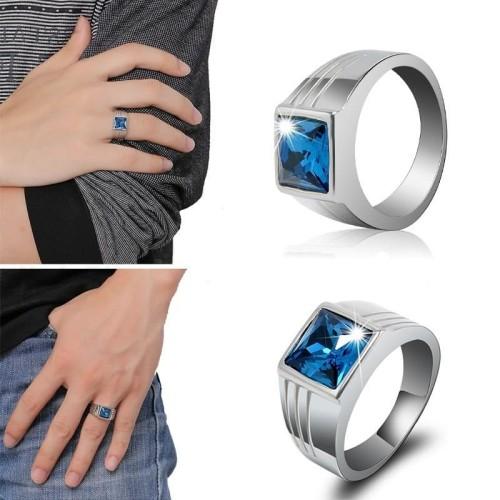 Foto Produk Cincin Silver Hias Batu Safir Warna Biru Elegan cincin pria wanita dari Satu Furniture Tangerang