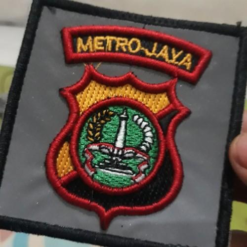 Foto Produk Duapuluh Tujuh Jaya Atribut - Logo Bordir Metro Jaya Tipe Perekat dari Duapuluh Tujuh Atribut