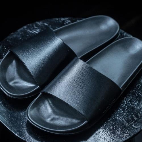 Foto Produk Sandal / Sandal Kulit / Jackwell Slides Black dari Jackwell